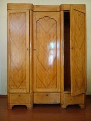 Шкаф дубовый